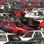 Vieilles, polluantes, les voitures d'occasion doivent être mieux contrôlées à l'export