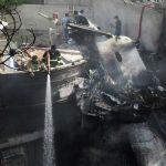 Pakistan: un Airbus A320 s'écrase à Karachi, au moins 80 morts